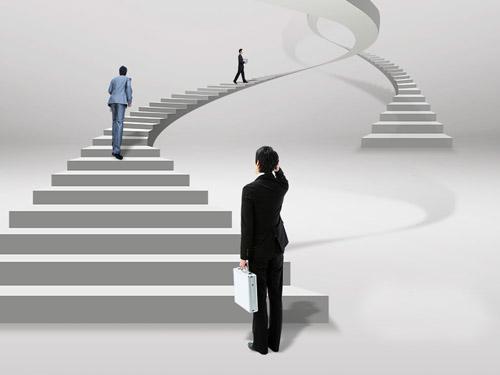 律师需摆正心态,走专业化之路